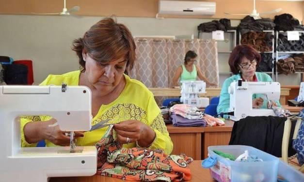 Empresas pequeñas comienzan a solicitar créditos al Gobierno estatal