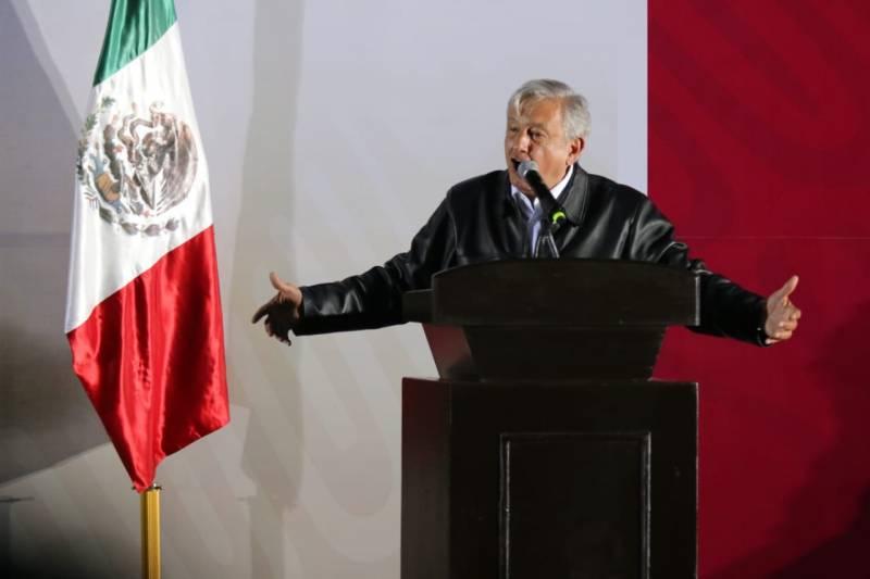 AMLO propone crear redes sociales mexicanas para evitar «censura»
