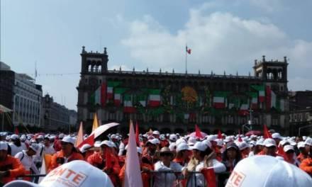 Cierran Zócalo por celebración de 75 aniversario del SNTE