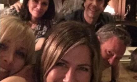Jennifer Aniston se une a Instagram y sube foto de Friends