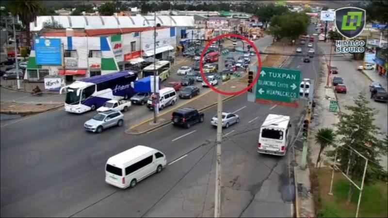 Dos detenidos tras presunto robo de vehículo