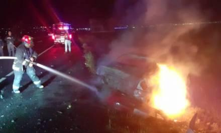 Tras choque en la México-Pachuca se incendia vehículo; no hay lesionados