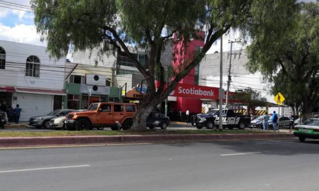 Asaltan a cuentahabiente en Scotiabank de San Javier