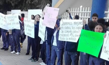Protestan alumnos del Cbtis 83 de Actopan ante falta de energía eléctrica