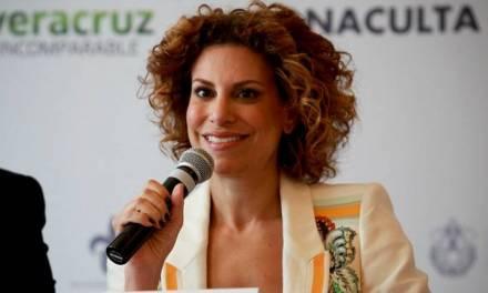 Liberan a Karime Macías luego de pagar fianza