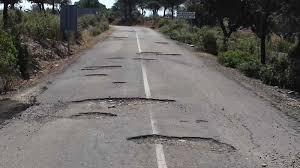 Piden reparación de carretera en Huazalingo