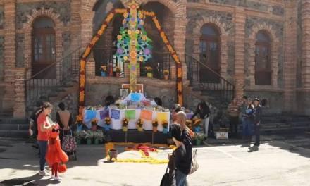 Conmemoran Día de Muertos 2019 en Villa de Tezontepec