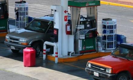 Aumentan quejas contra gasolineras de Hidalgo debido a que no respetan precios