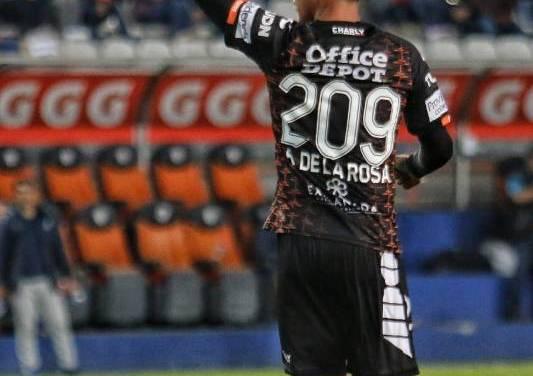 Pachuca se despide del torneo con triunfo en casa