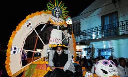 Celebran con éxito el Tercer Desfile de Día de Muertos en Zapotlán de Juárez