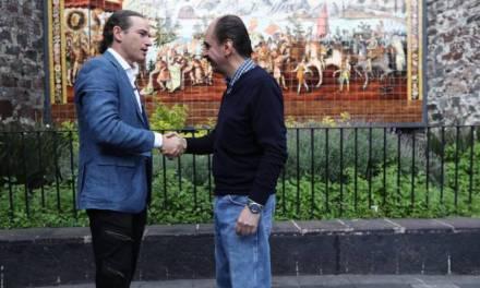 Descendientes de Moctezuma y Hernán Cortés se reencuentran