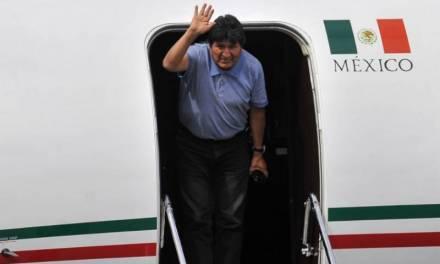 Me salvaron la vida, dice Evo Morales en su llegada a México
