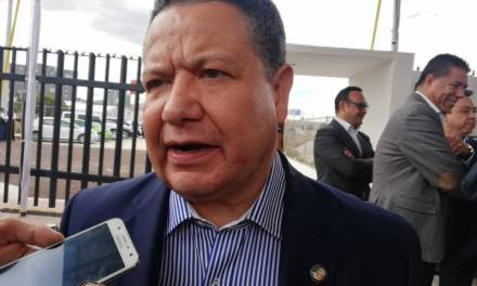 Julio Menchaca ofrece acompañamiento a grupos que piden garantizar la seguridad de mujeres y niñas