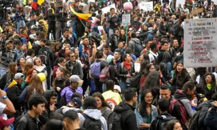 Miles marchan en Colombia contra Iván Duque; hay paro nacional