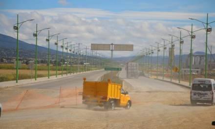 Constructores preocupados por recortes y falta de obras