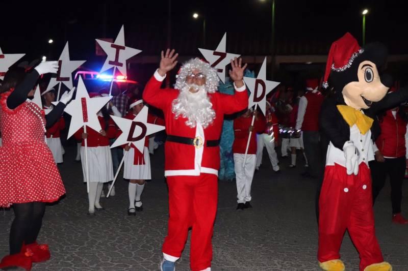 Celebran con gran éxito el desfile de La Luz en Cd. Sahagún