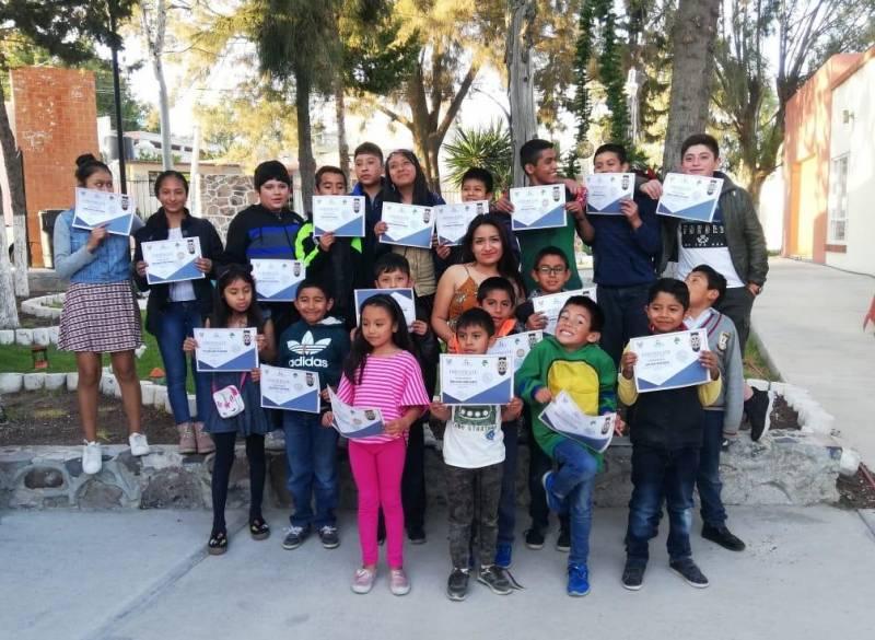 Concluyen cursos de inglés gratuitos en Tolcayuca
