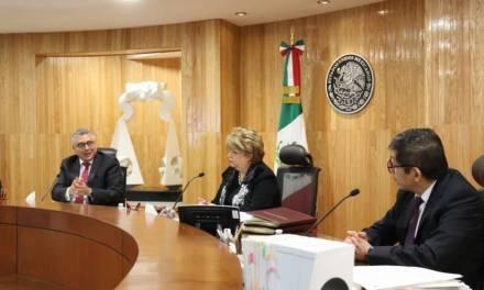 Multan al partido Podemos por omitir recursos para el desarrollo político de mujeres