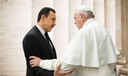 Fayad visita al Papa en el marco de su gira de trabajo por Europa
