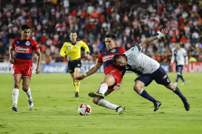 «Mucho ambiente, poco fútbol, Tuzos 0-0 Chivas»