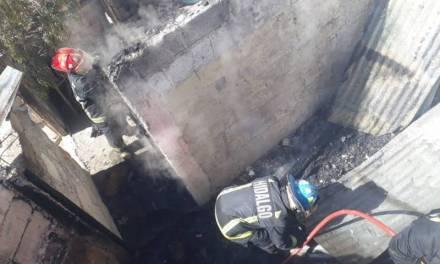 Se incendia casa abandonada en colonia Minerva de Mineral de la Reforma
