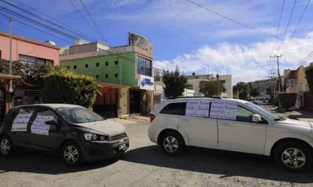 Cierran calle en colonia Periodistas en protesta contra Ayuntamiento y CAASIM