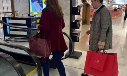 Reprochan en redes a Yeidckol comprar productos en Carolina Herrera