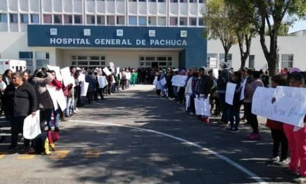 Protestan por desabasto de medicinas en el Hospital General de Pachuca