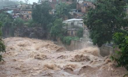 Lluvias en Brasil dejan al menos 38 muertos