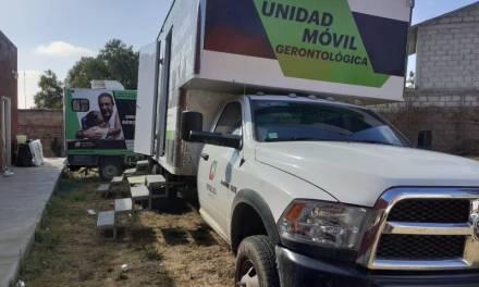 Brindan atención médica a adultos mayores de Tolcayuca