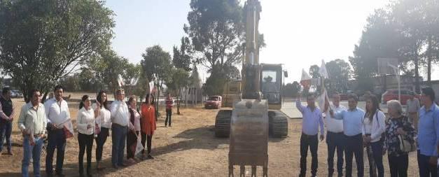 Inicia construcción de drenaje en Salón ejidal de Villa de Tezontepec