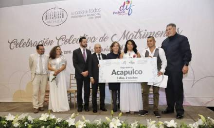 318 parejas formalizaron su unión en Celebración Colectiva de Matrimonios de Pachuca