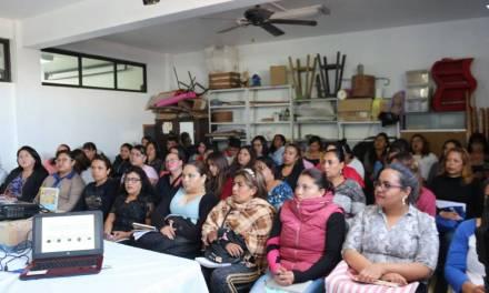 Aprenden a manejar gratuitamente 100 personas tizayuquenses