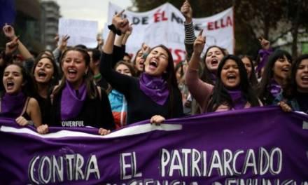 No habrá represalias para mujeres que se sumen a paro nacional: Amlo