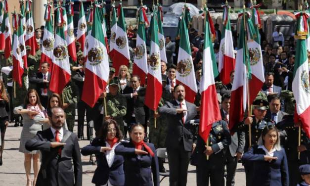 Encabeza Fayad conmemoración del Día de la Bandera Nacional