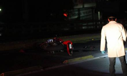 Muere un hombre en choque de motocicletas