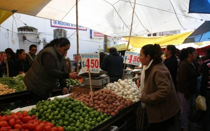 Tianguis de Tulancingo opera al 50 por ciento