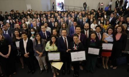 La presidenta de 'La Fuente del Renacer 'recibe Medalla al Mérito en Derechos Humanos