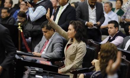 Esperan que Salvador Sosa no falte de nuevo para tomar protesta en el Congreso Local