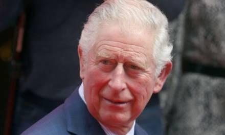 Príncipe Carlos da positivo por coronavirus