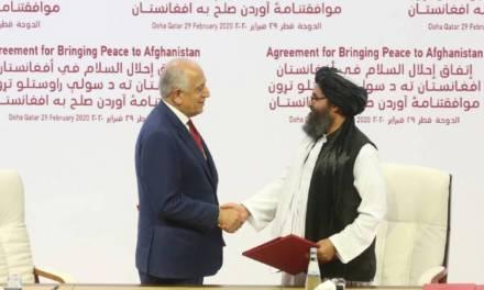 Firma E.U y talibanes acuerdo para finalizar guerra