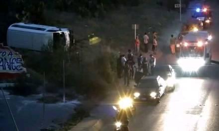 Vuelca camioneta en Atitalaquia