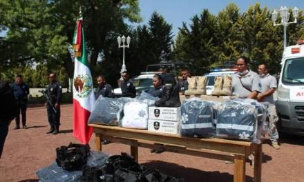 Personal de Seguridad Pública y PC de Villa de Tezontepec recibe equipamiento