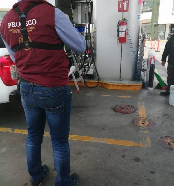 Detectó Odeco implementos  electrónicos en medidores de gasolina