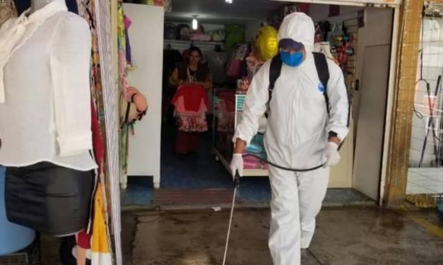 Sanitizan espacios públicos de Tepeapulco y Ciudad Sahagún
