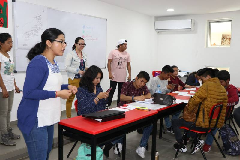 UICEH implementa modelo educativo Intercultural