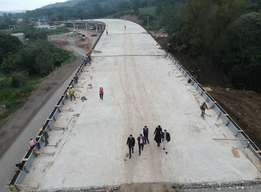 Obra en vía Real del Monte-Huasca se encuentra suspendida
