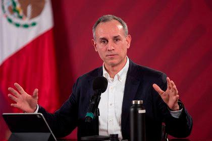 Sociedad debe prepararse para pandemia larga: López-Gatell