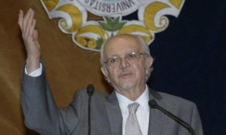 Mario Molina recomienda a México el uso del cubrebocas