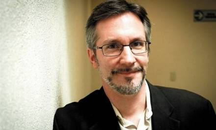 CNDH exhorta a John Ackerman a conducirse con civilidad
